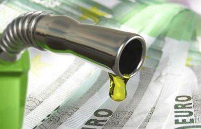 Πιο ακριβό το «φουλάρισμα» με πετρέλαιο κίνησης από την Πρωτοχρονιά